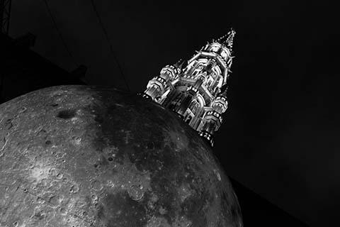 La lune de Bruxelles
