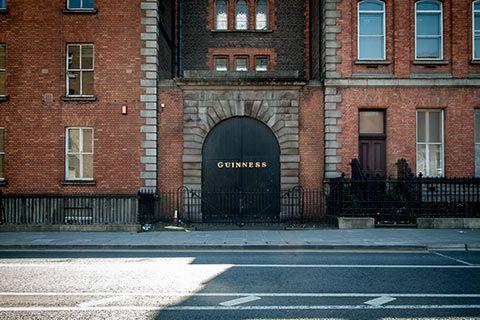 Aux abords du musée Guinness