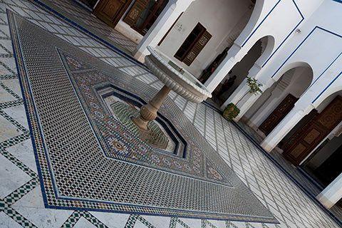 Une fontaine du palais Bahia de Marrakech